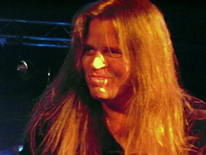 A giggle on stage: Craig Goldy